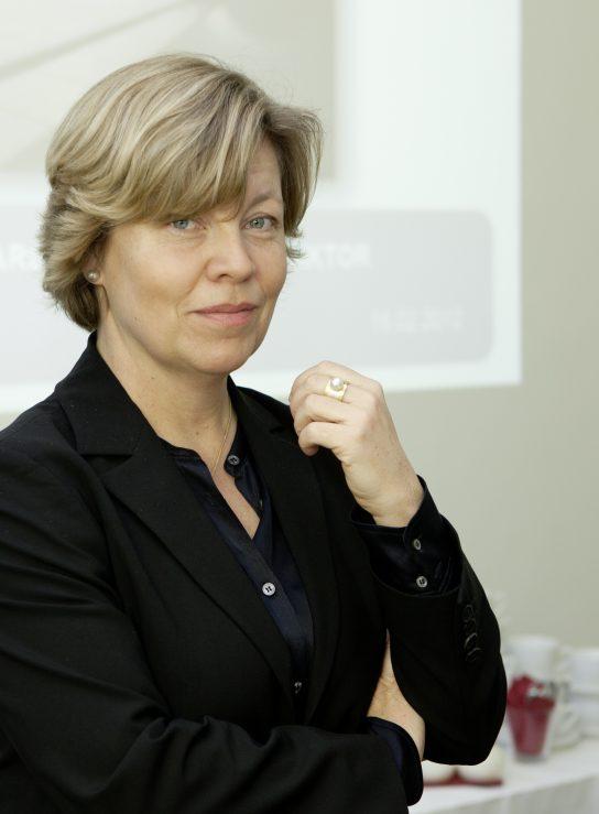 PROF. DR. ANDREA RÖMMELE